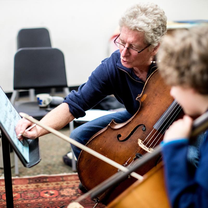 Chris White, Cello